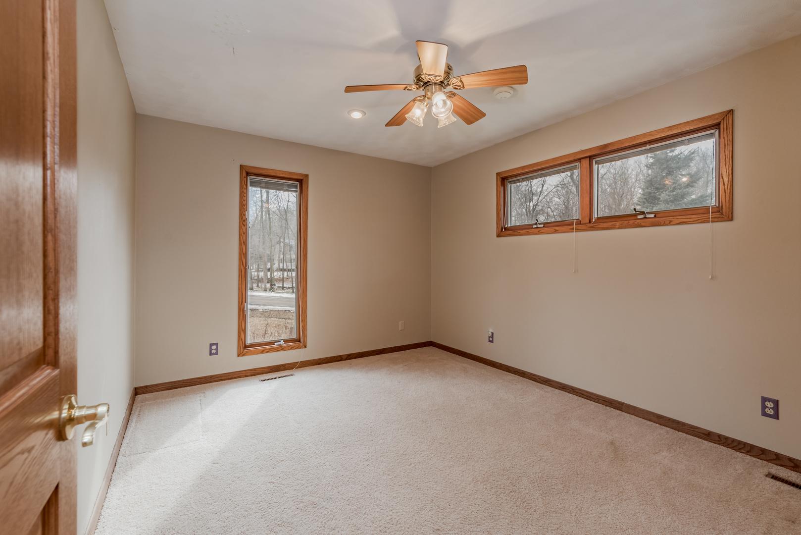4 East Ridge, Lexington, Illinois, 61753