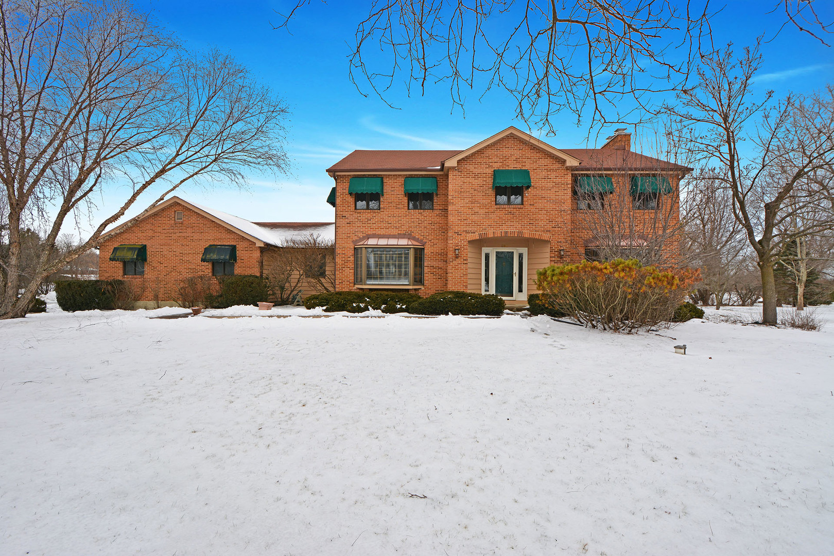 1 Canterbury Lane, Hawthorn Woods, Illinois 60047