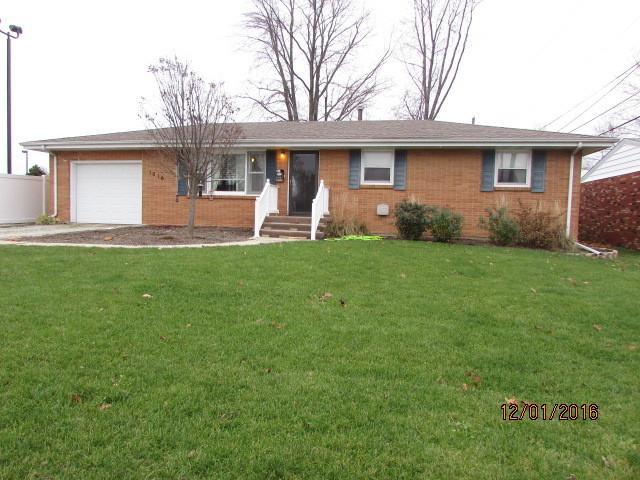 1016 N MELVIN Street, Gibson City, IL 60936