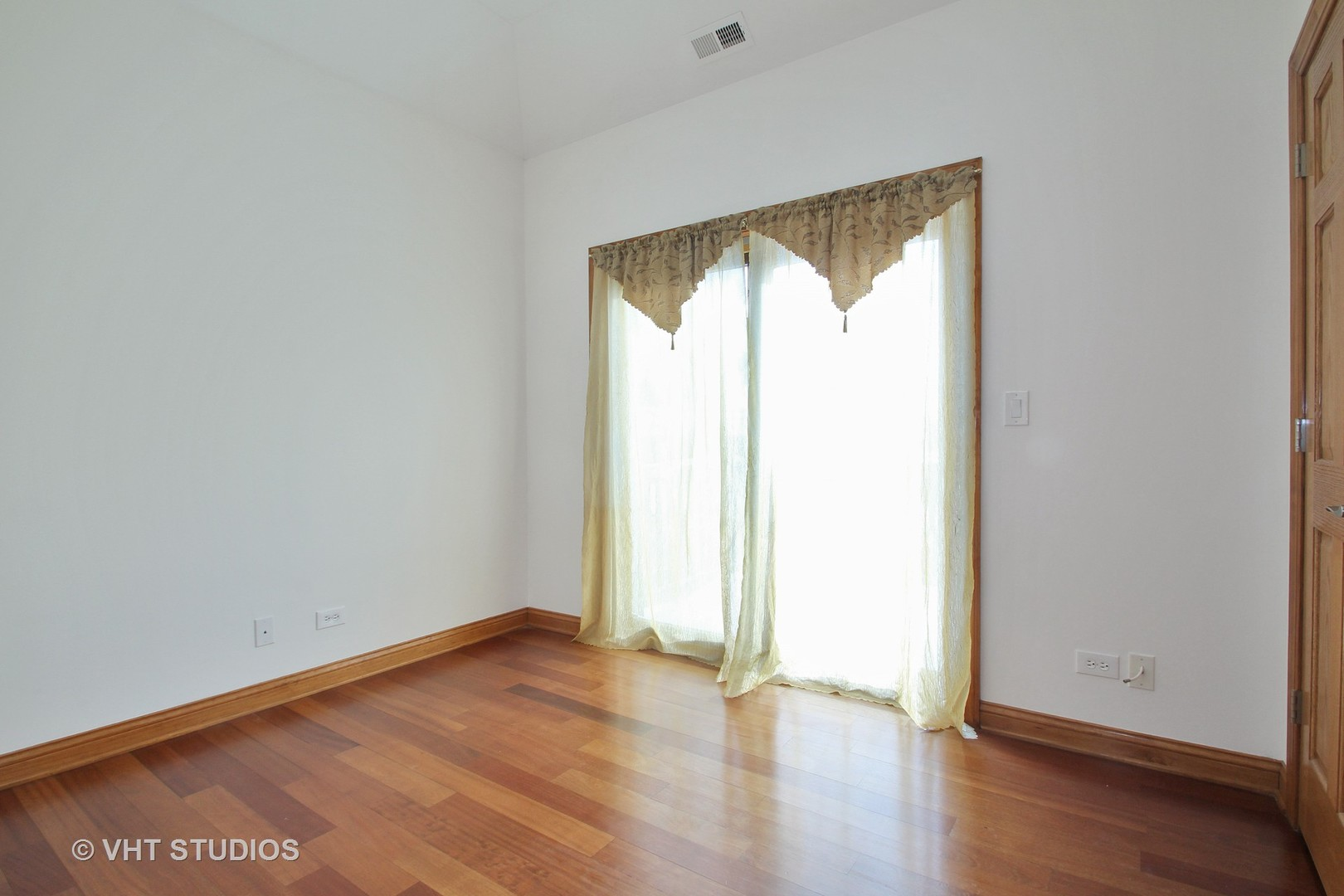 3857 West Touhy, Lincolnwood, Illinois, 60712