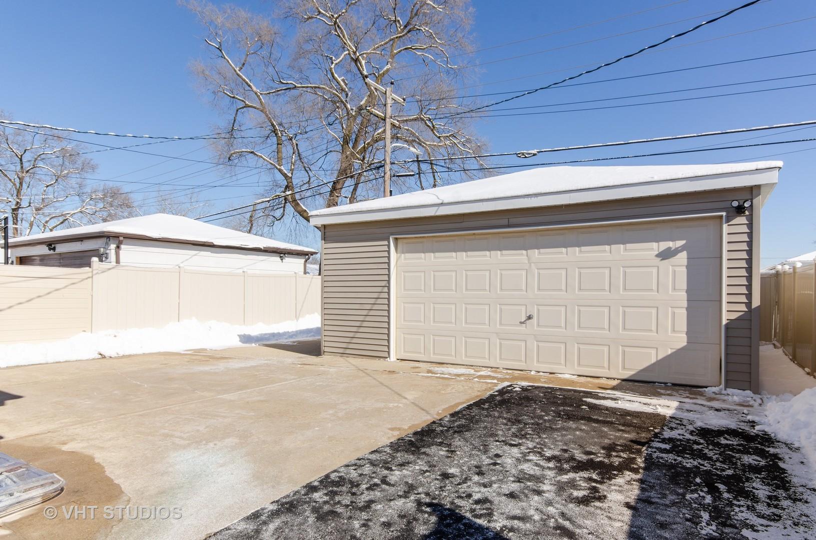 12721 South Elizabeth, Calumet Park, Illinois, 60827