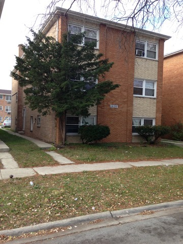 South Tracy Ave., RIVERDALE, IL 60827