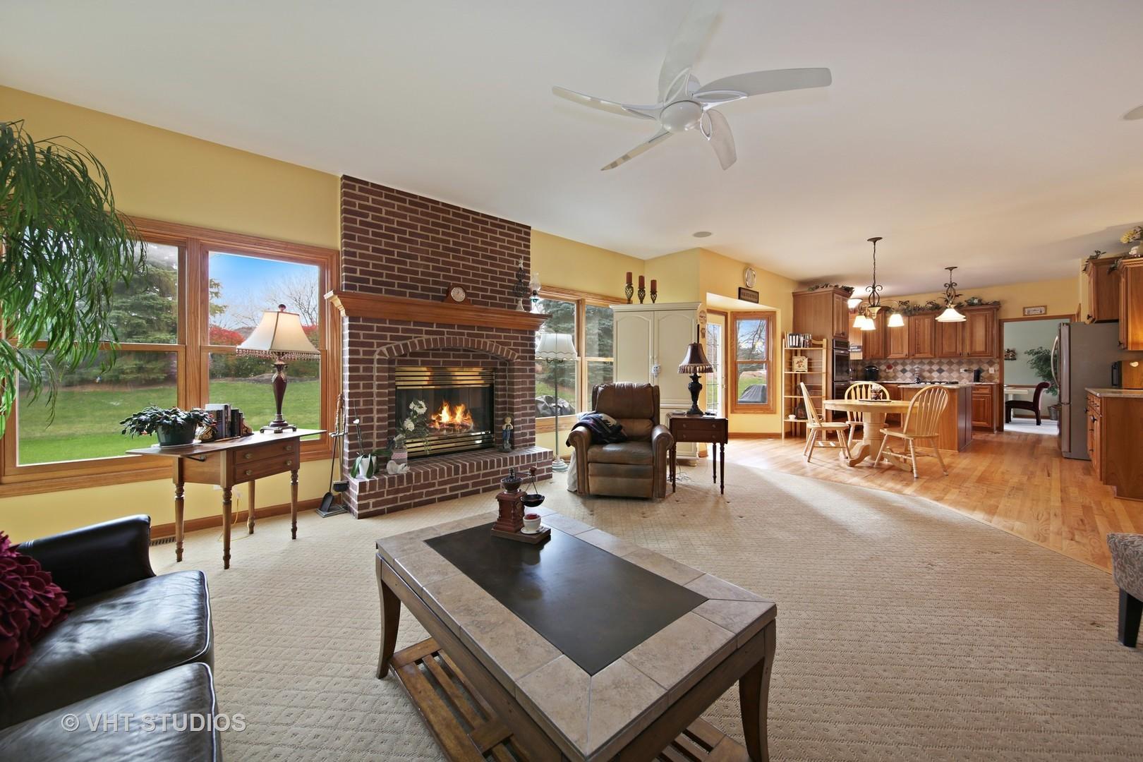 1250 Birchdale, Aurora, Illinois, 60504