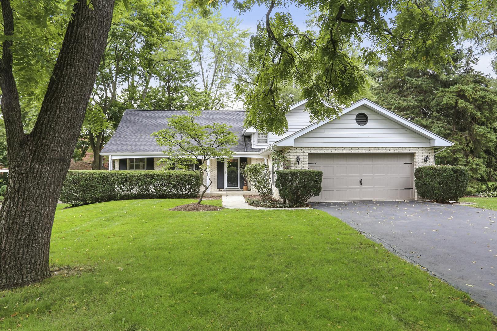 905 Oakwood Terrace, Hinsdale, Illinois 60521