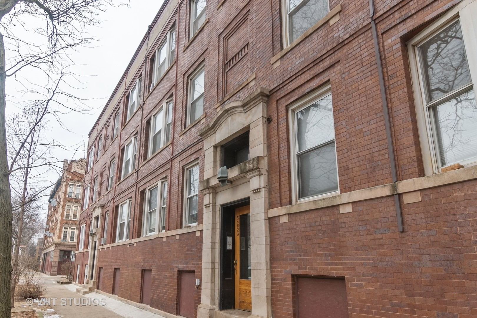 5251 N Winthrop Exterior Photo