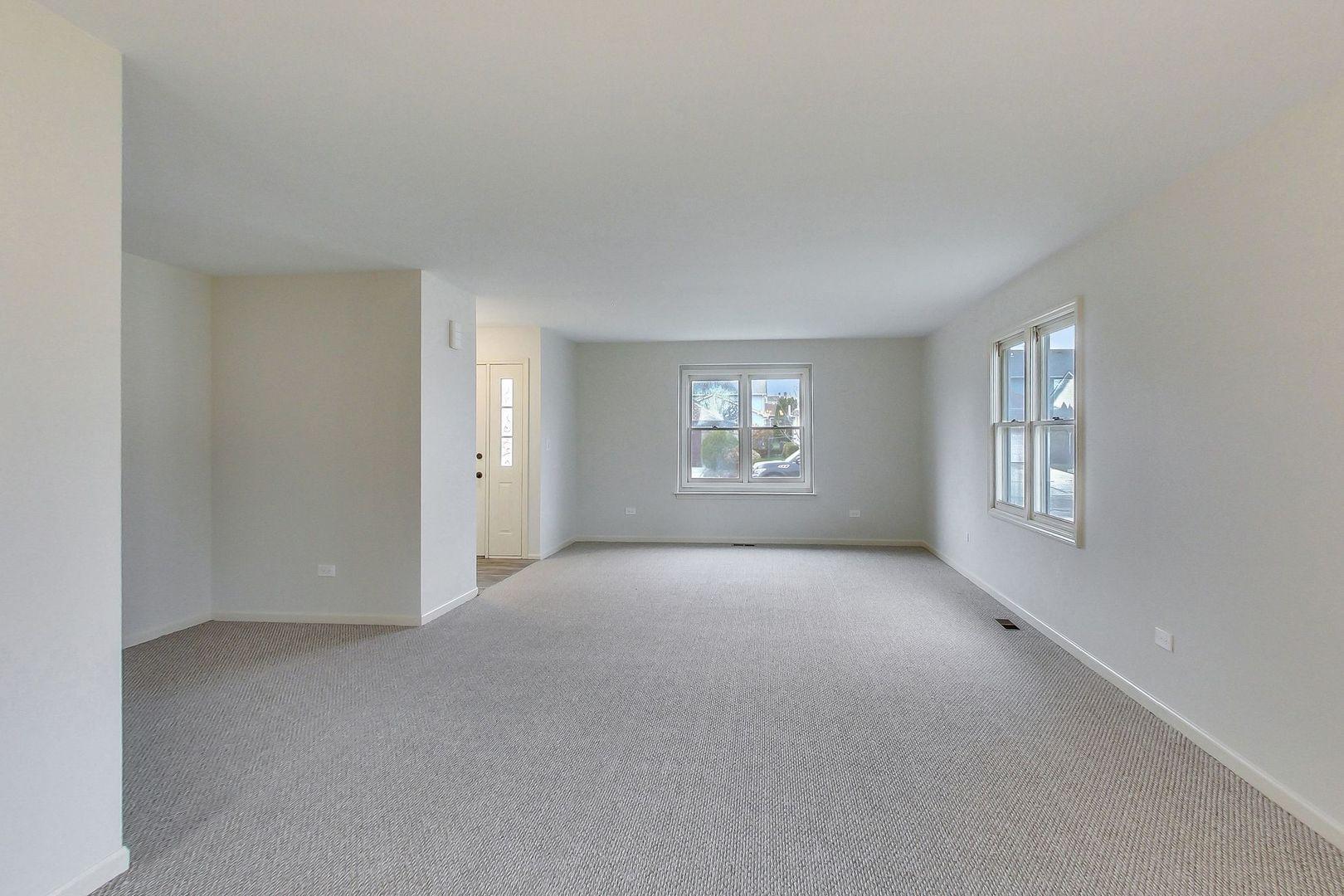 4751 Sunflower, Hoffman Estates, Illinois, 60192