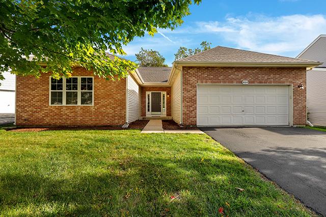 464 North Crooked Lake Lane, Lindenhurst, Illinois 60046