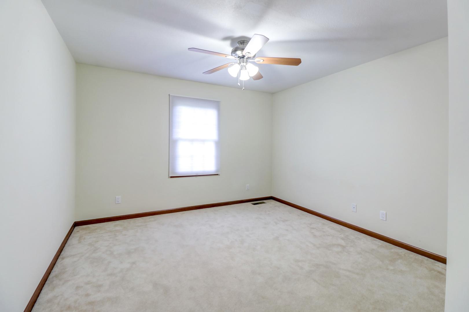 2910 River Oak, Champaign, Illinois, 61822