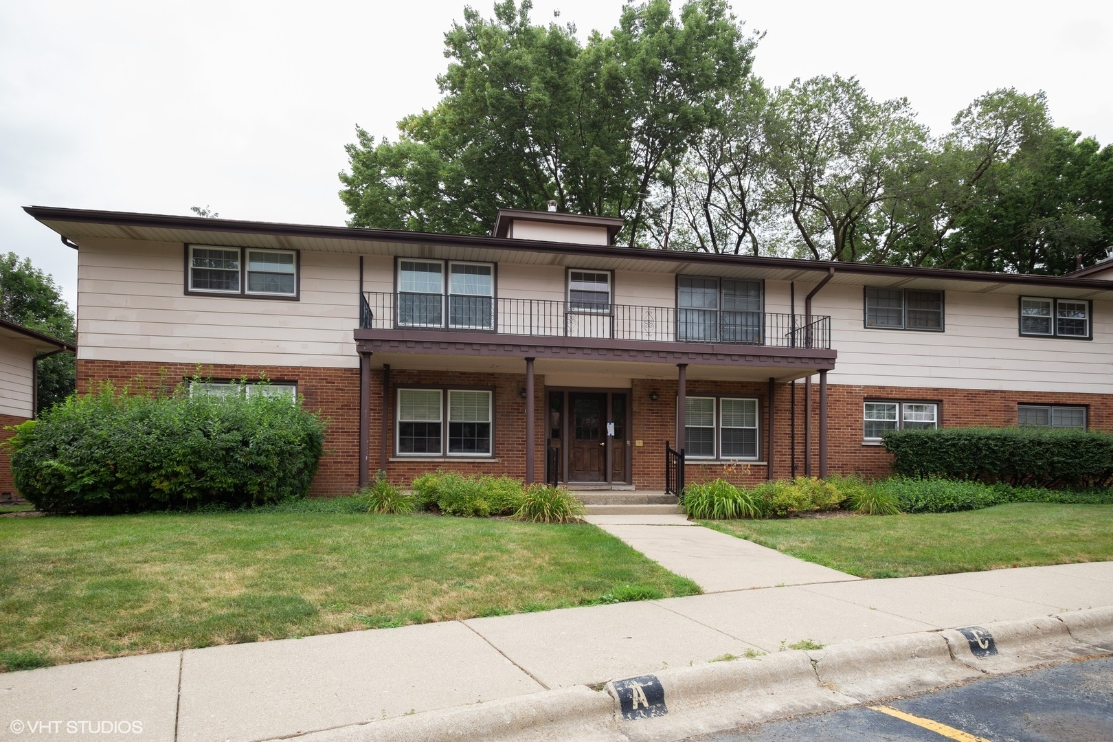 224 Washington B, ELK GROVE VILLAGE, Illinois, 60007