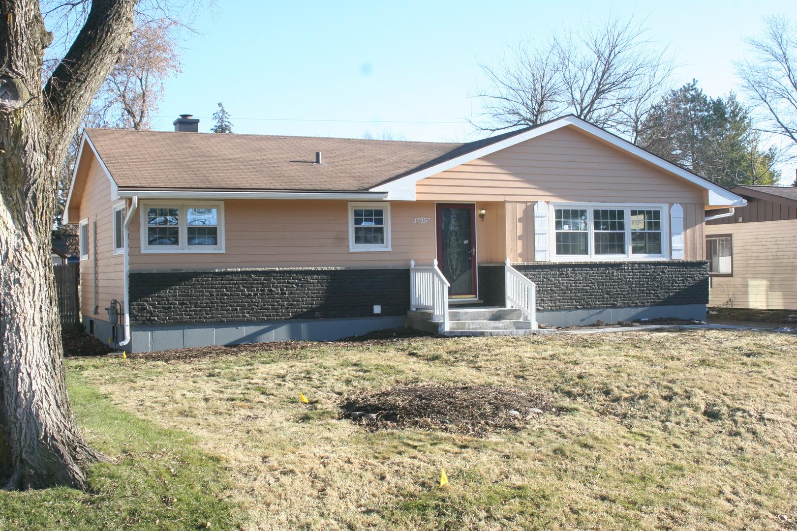 37257 North Hillside Drive, Lake Villa, Illinois 60046