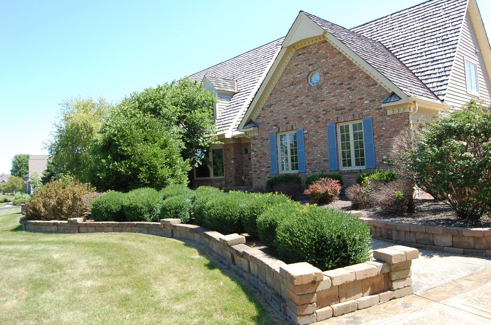 6N225 West Ridgewood, St. Charles, Illinois, 60175