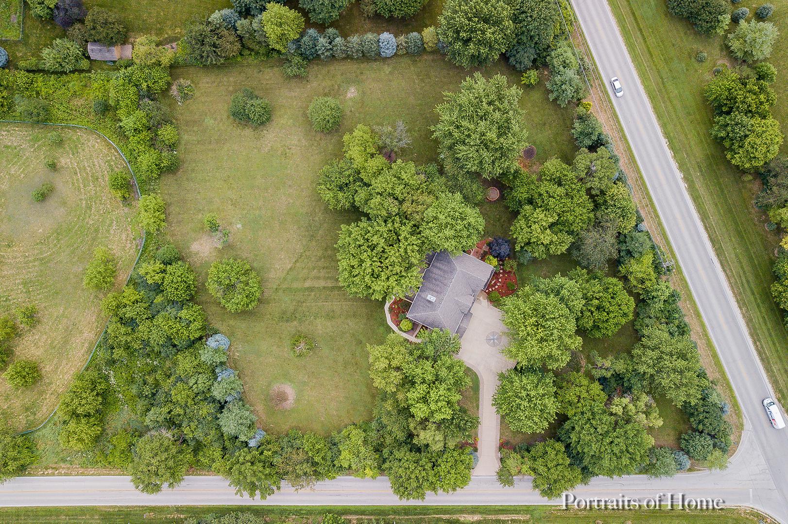 5N625 Denker, St. Charles, Illinois, 60175