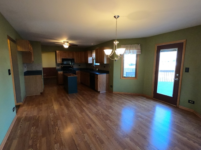 609 Woodchuck, Oswego, Illinois, 60543