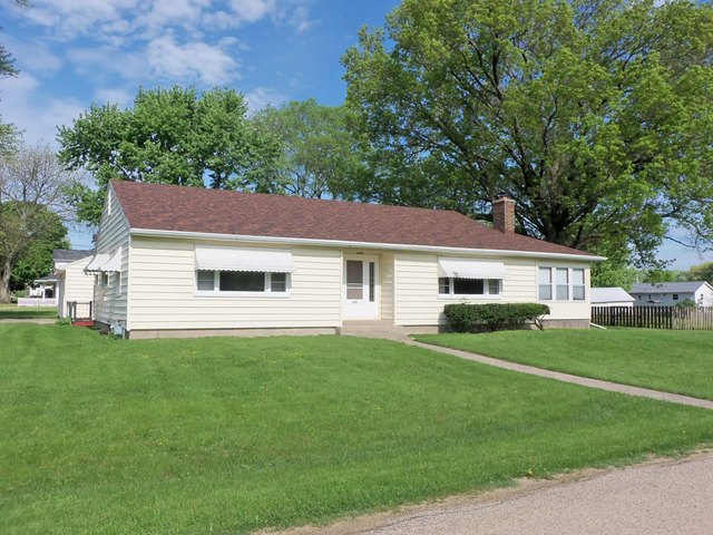 512 South Garden, Forreston, Illinois, 61030