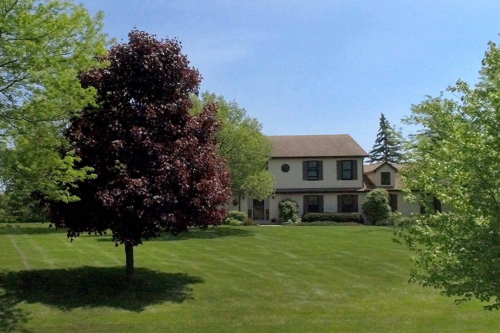 5361 Hedgewood Court, Long Grove, Illinois 60047