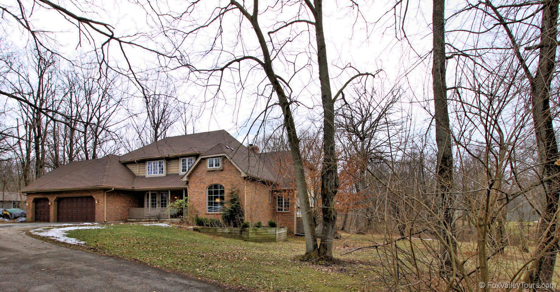 30 Crestview, Oswego, Illinois, 60543