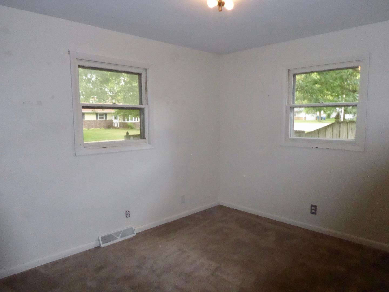 430 North View, HINCKLEY, Illinois, 60520