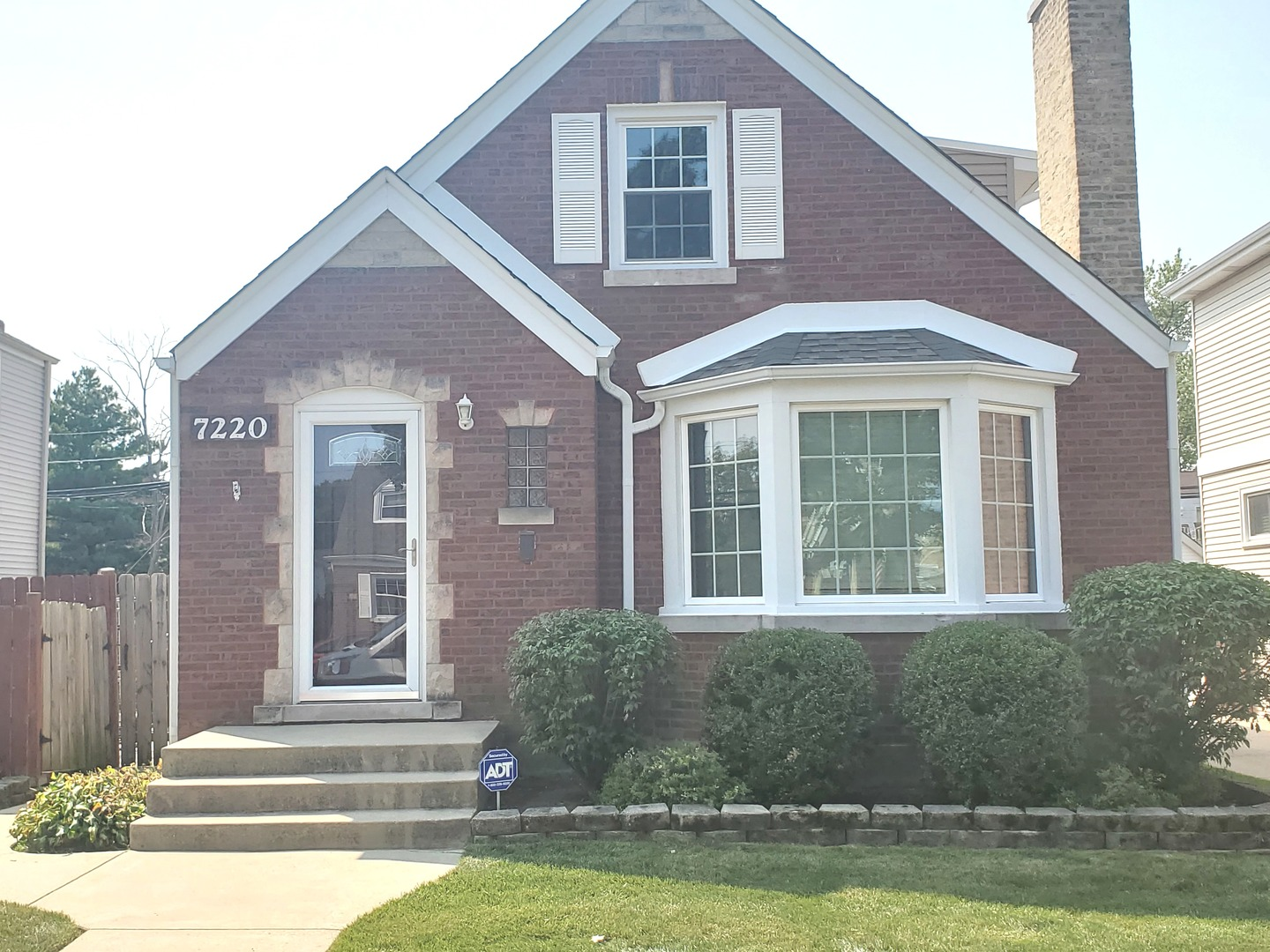 7220 N Odell Exterior Photo