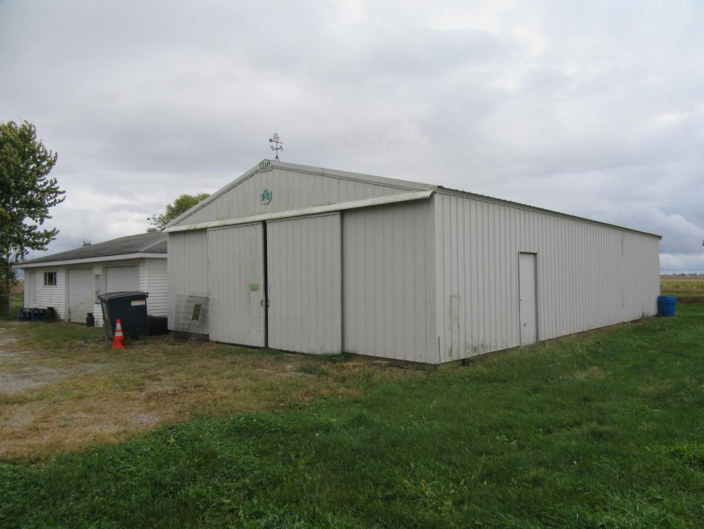 1055 East 2300 North, Danforth, Illinois, 60930
