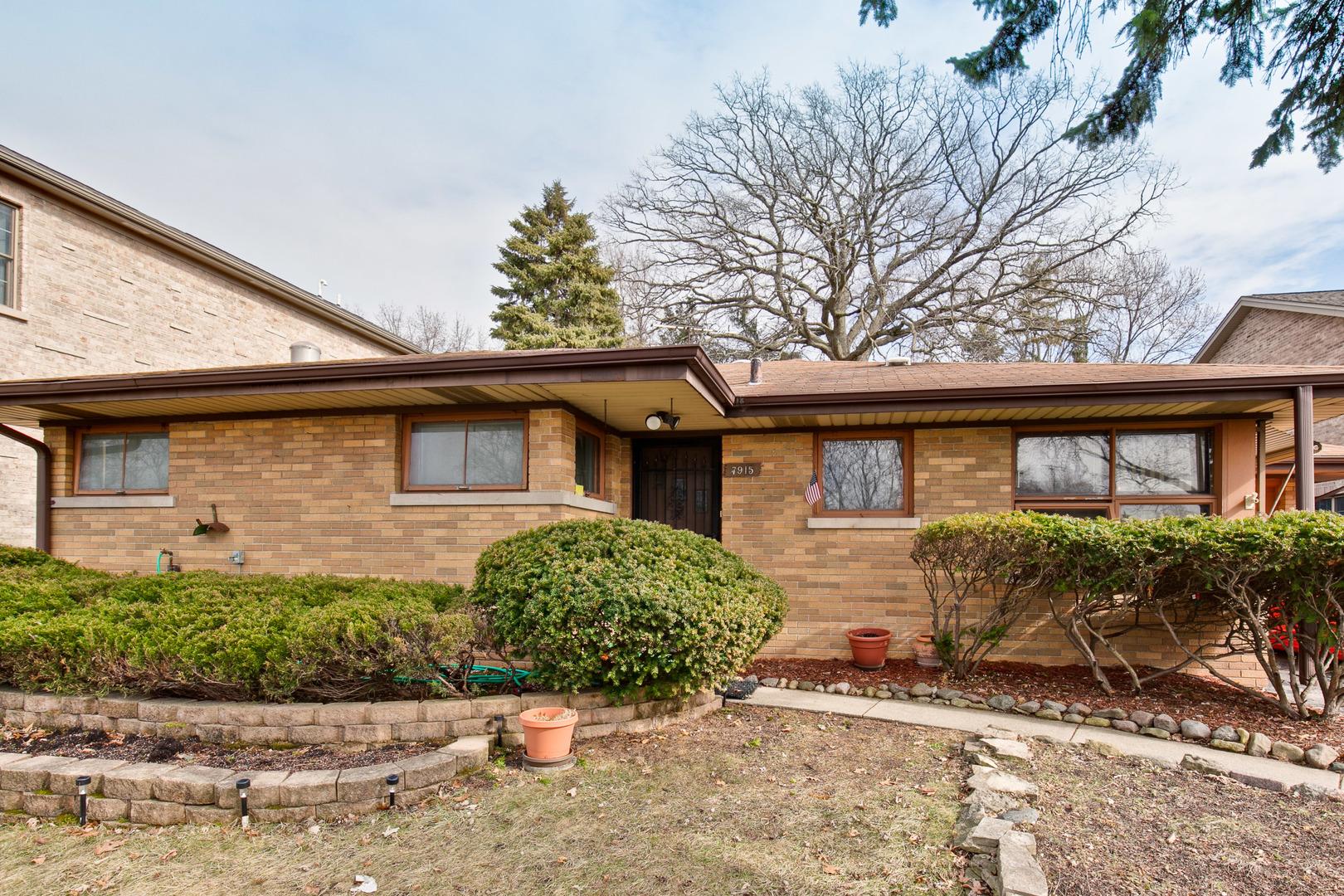 7915 LINDER Avenue   Morton Grove Illinois 60053