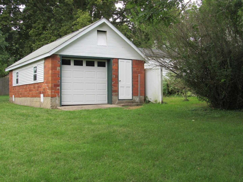 414 Pontiac, Tonica, Illinois, 61370