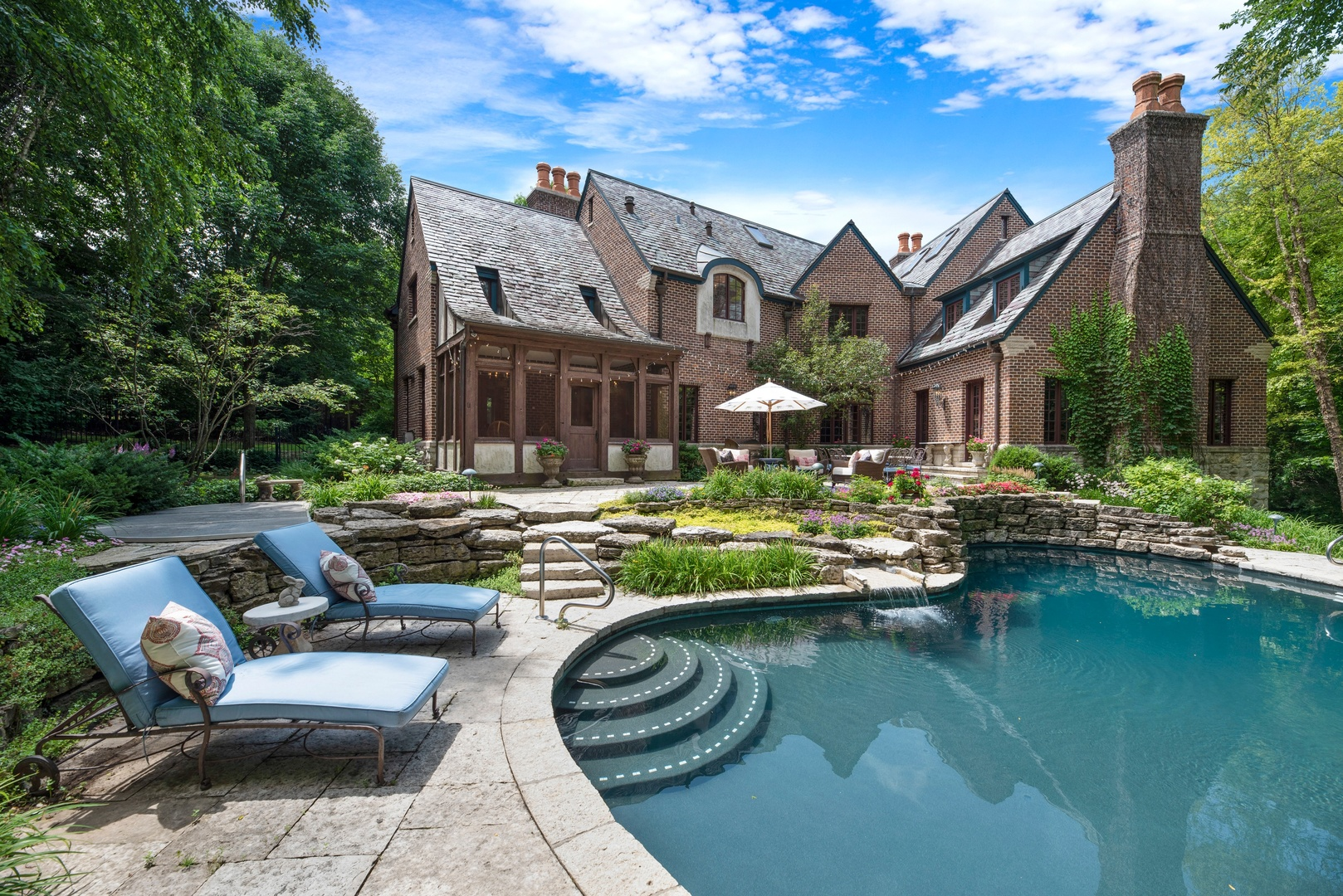 135 North Green Bay, Lake Forest, Illinois, 60045