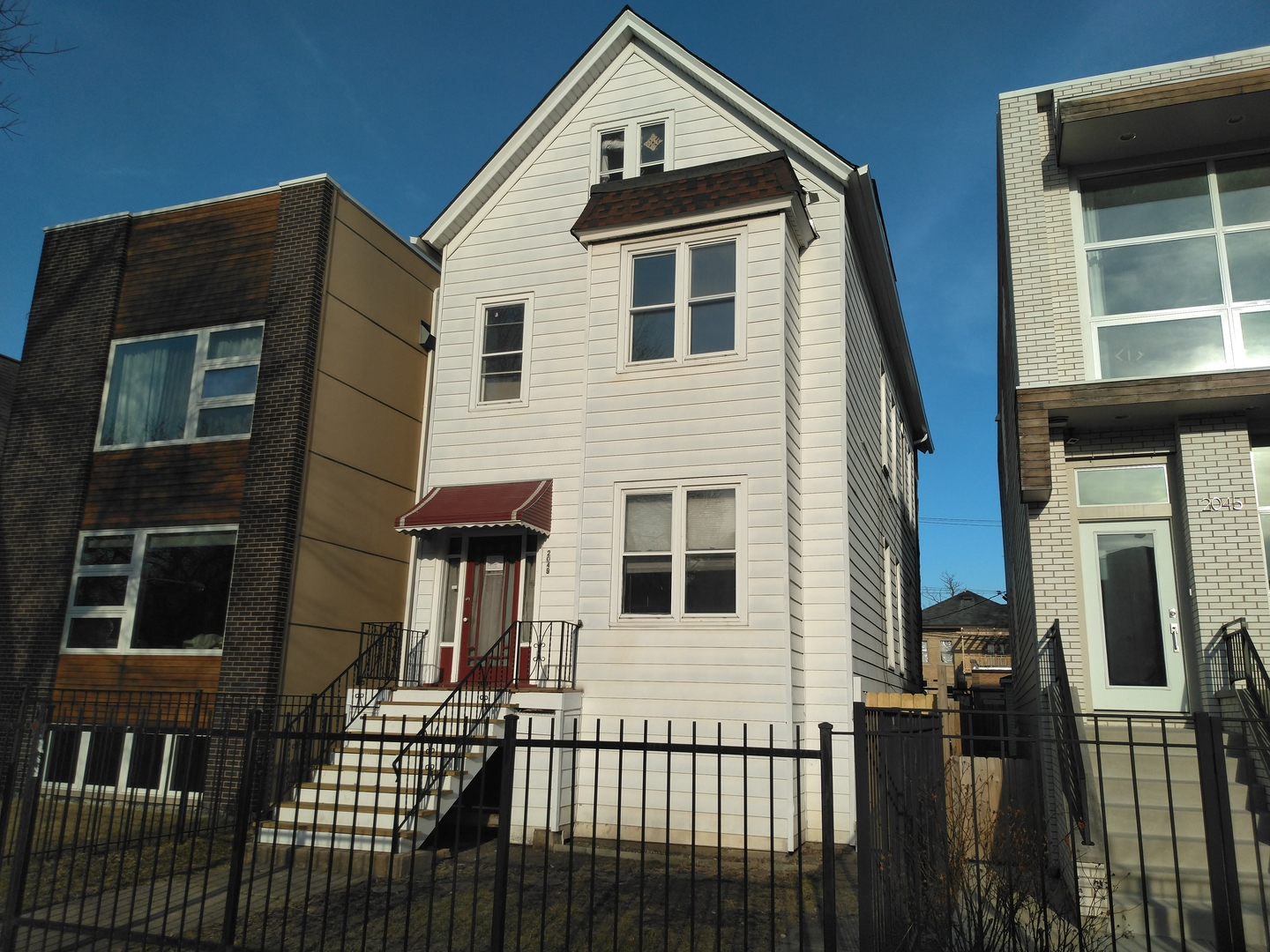 2049 North Whipple, CHICAGO, Illinois, 60647