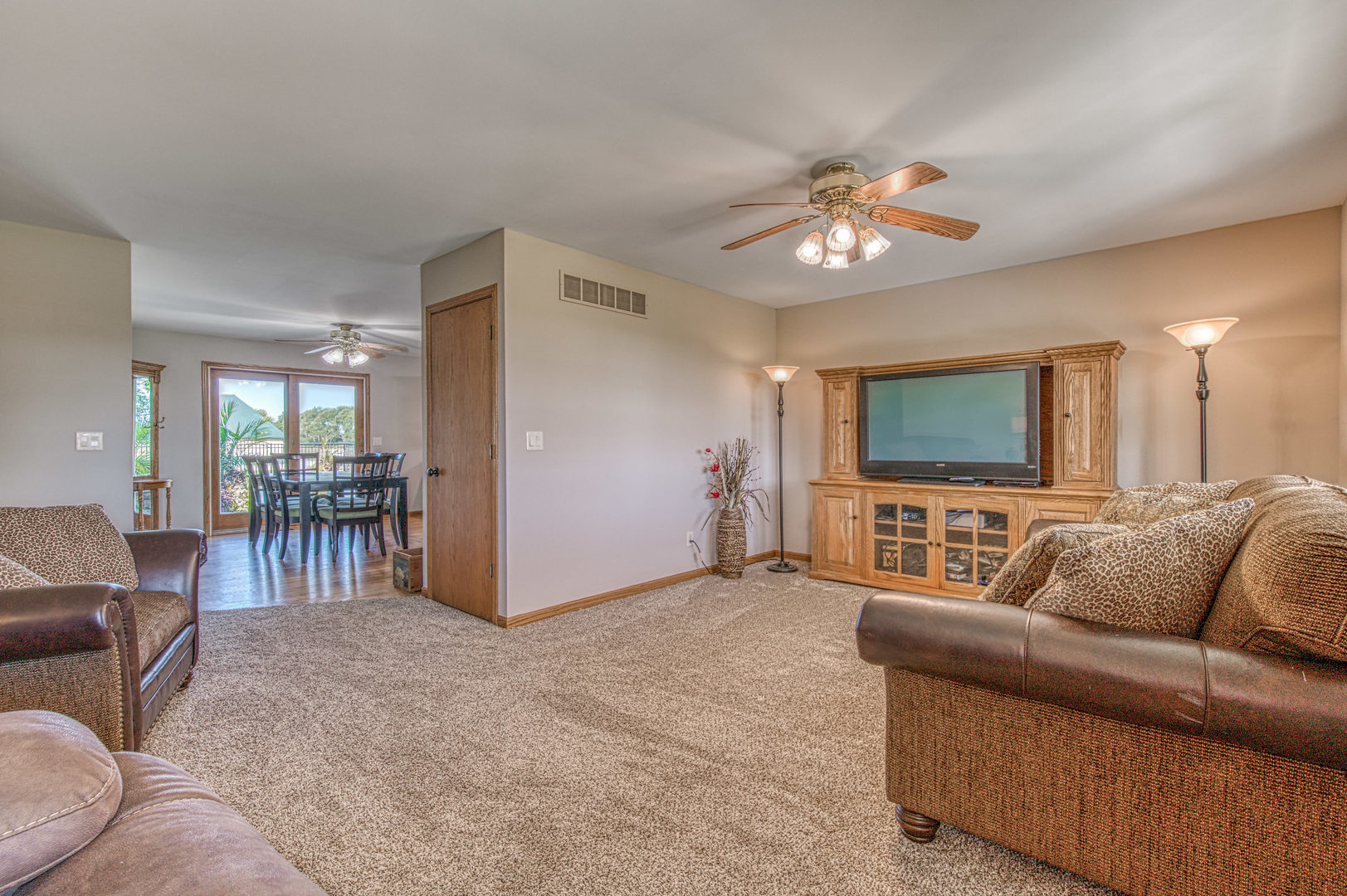 2555 South Berta, Braceville, Illinois, 60407