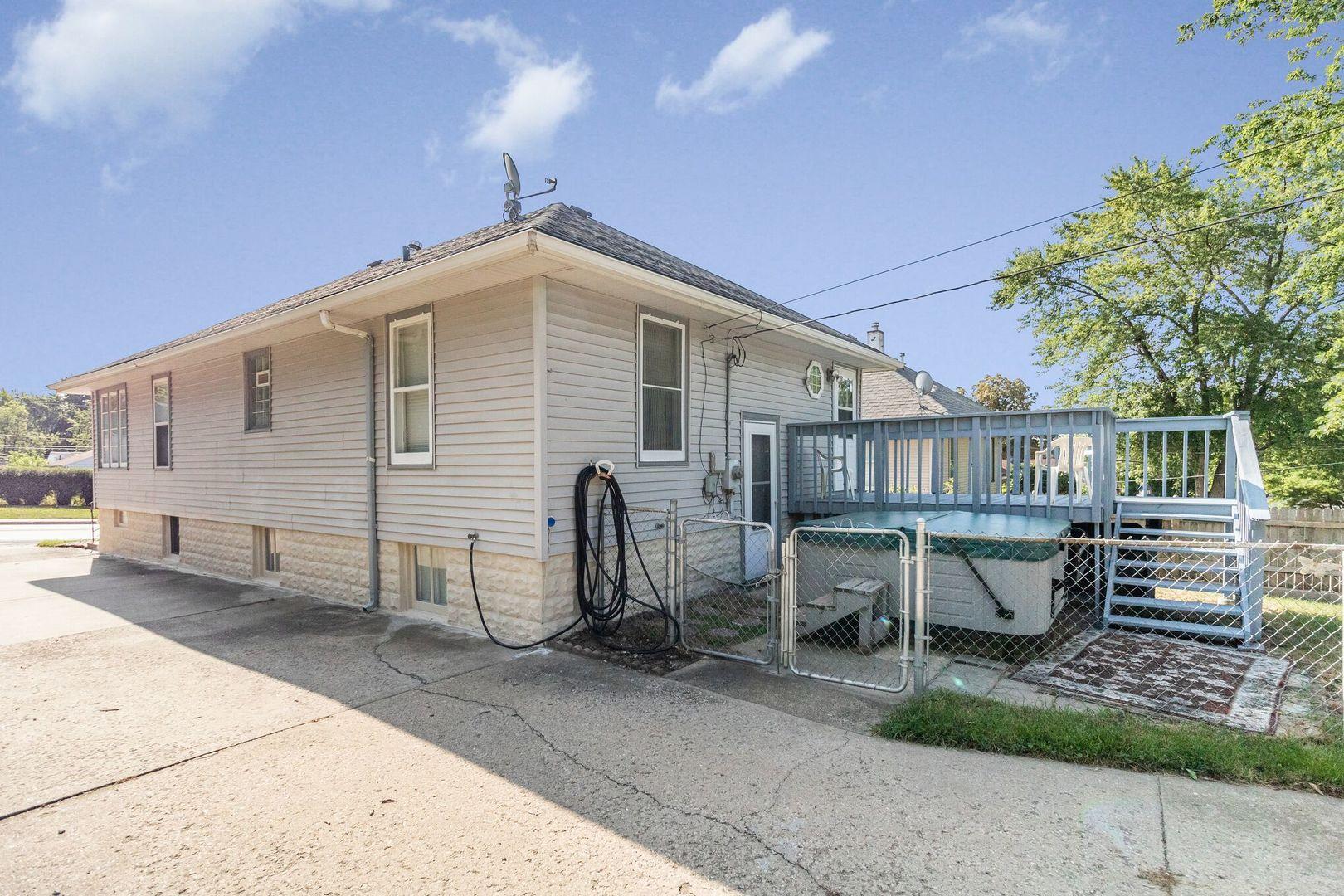 309 North BRIGGS, Joliet, Illinois, 60432