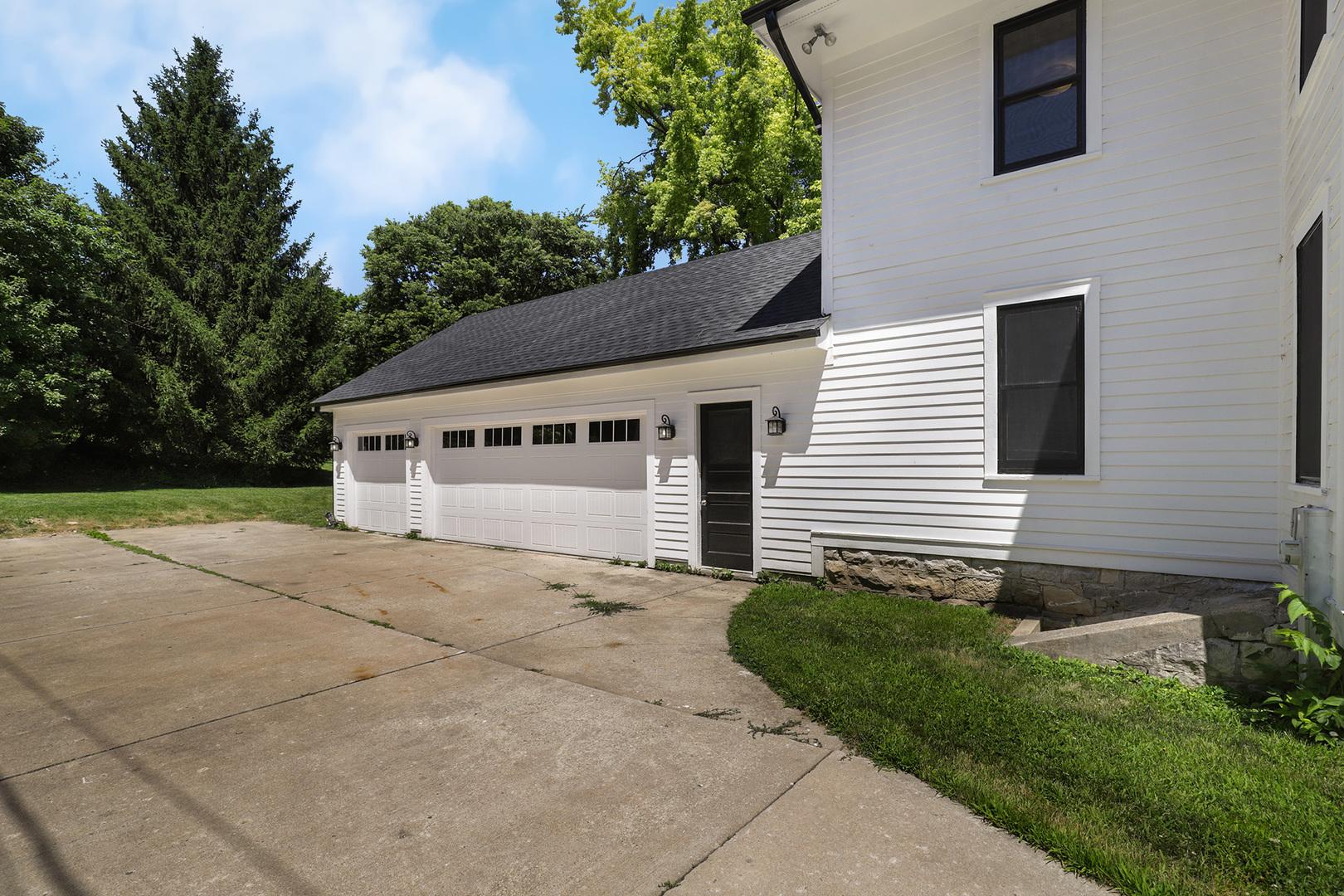 616 North York, Hinsdale, Illinois, 60521