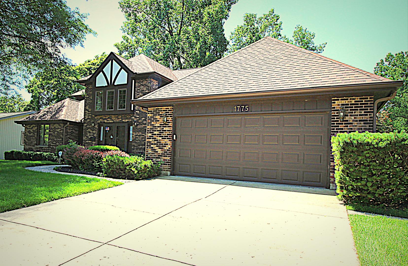 1775 Kevin, ELGIN, Illinois, 60123