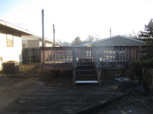 17 South Indianwood, Thornton, Illinois, 60476