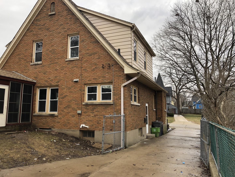 111 Hamilton, ELGIN, Illinois, 60123