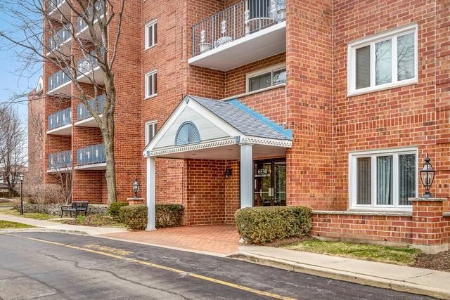 6530 W Irving Park Exterior Photo