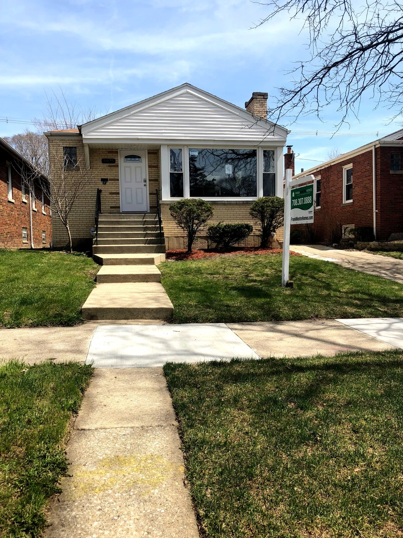 9925 Claremont ,Chicago, Illinois 60643