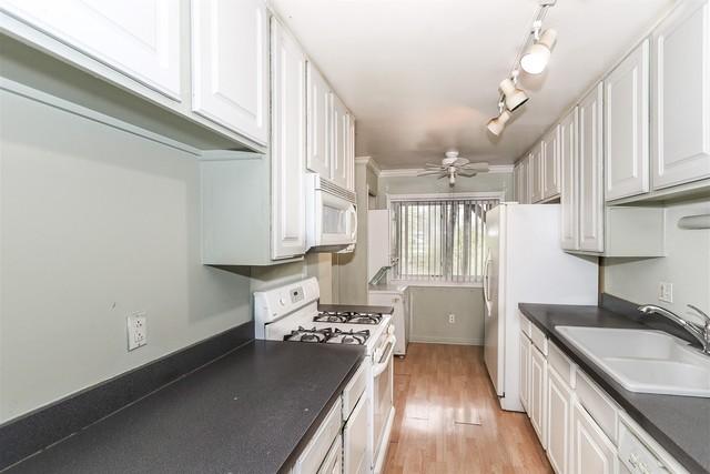 1950 Tall Oaks 1A, AURORA, Illinois, 60505