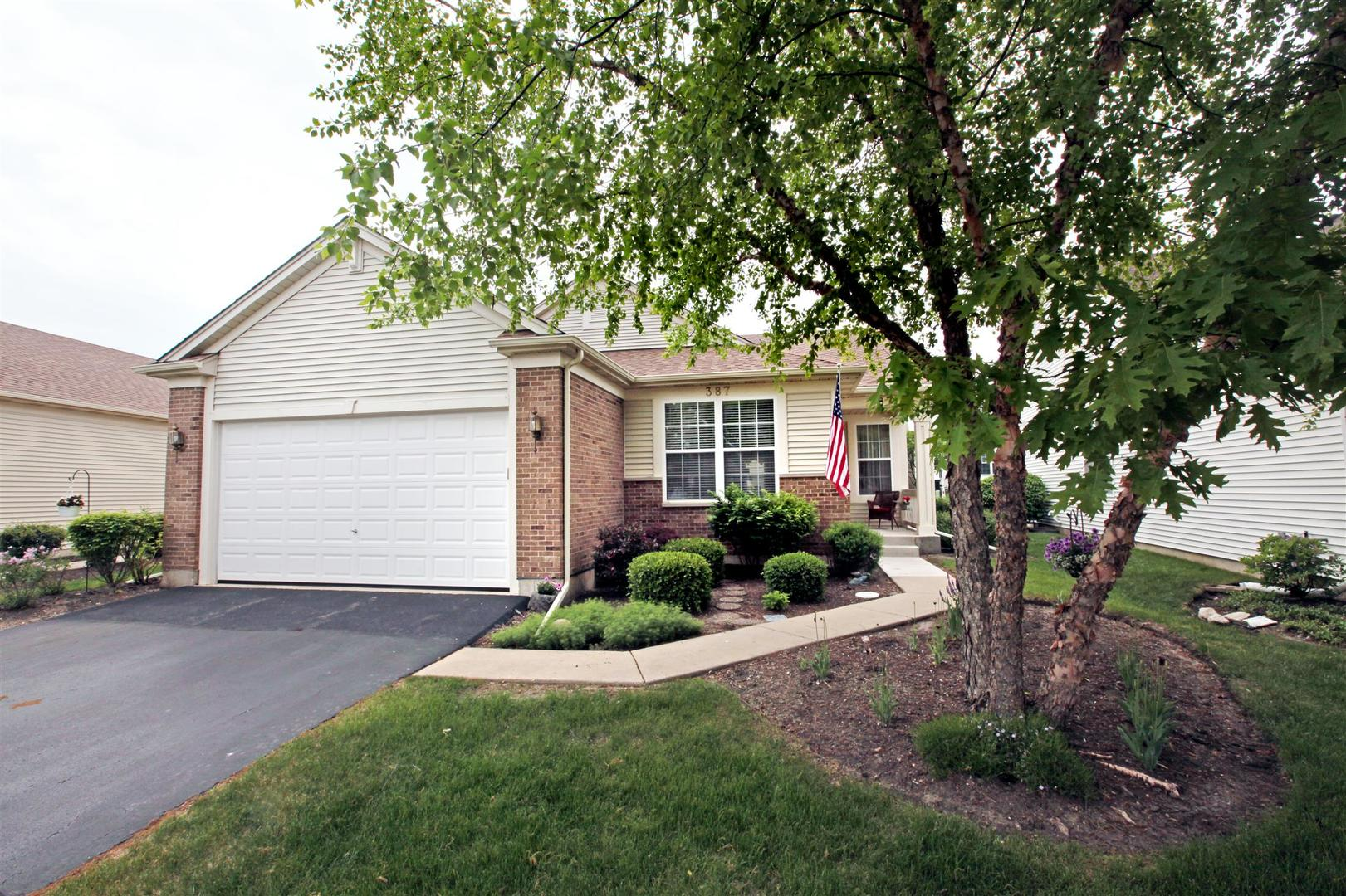 387 Longfield Lane, Grayslake, Illinois 60030