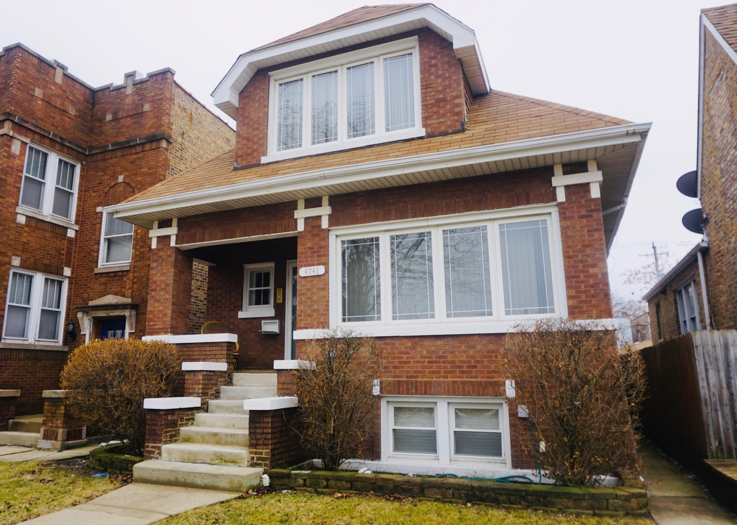 4741 West Altgeld, CHICAGO, Illinois, 60639