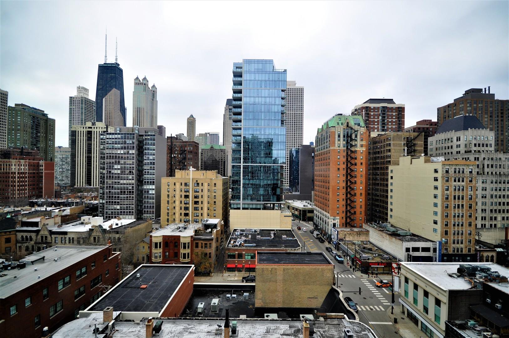 1 East Scott 1307, Chicago, Illinois, 60610