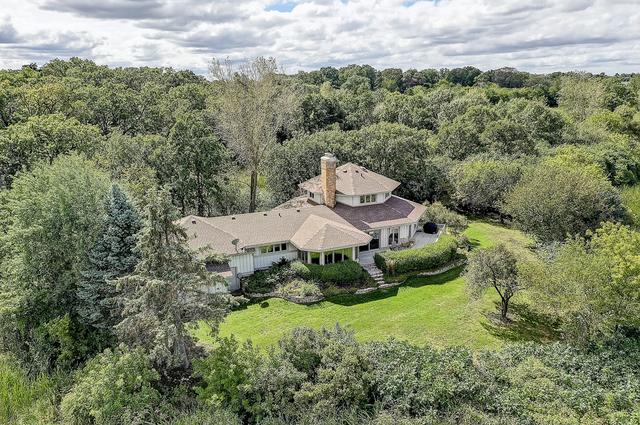 4 Wayne Lane, Hawthorn Woods, Illinois 60047