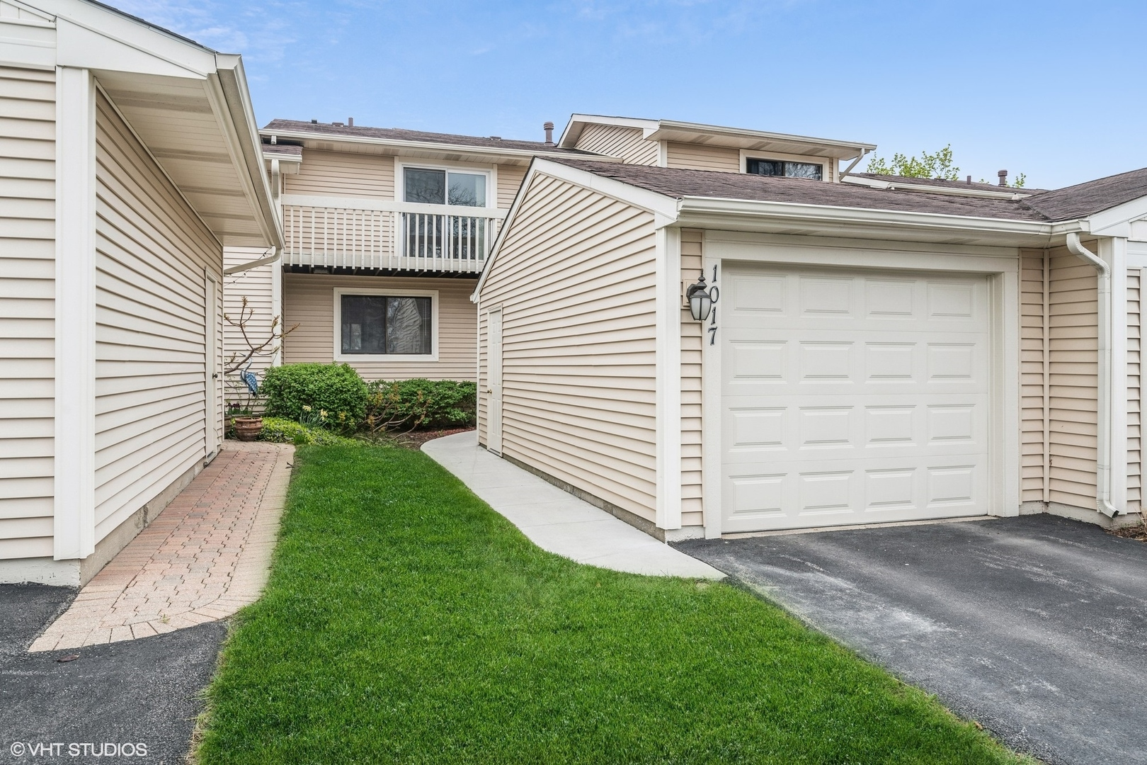 1017 Chatham Place, Vernon Hills, Il 60061
