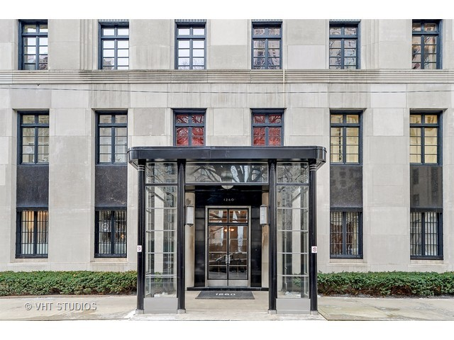 1260 N Astor Street 4, Chicago, IL 60610
