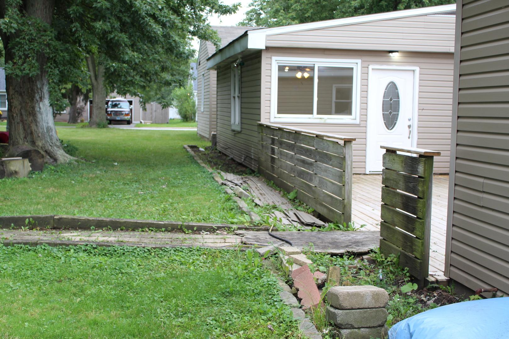 2300 Sycamore, Crest Hill, Illinois, 60403