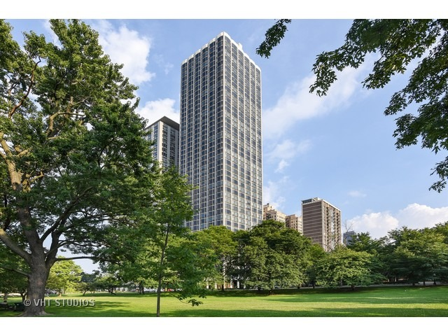 Property for sale at 1555 North Astor Street Unit: 28EW, Chicago-Near North Side,  IL 60610