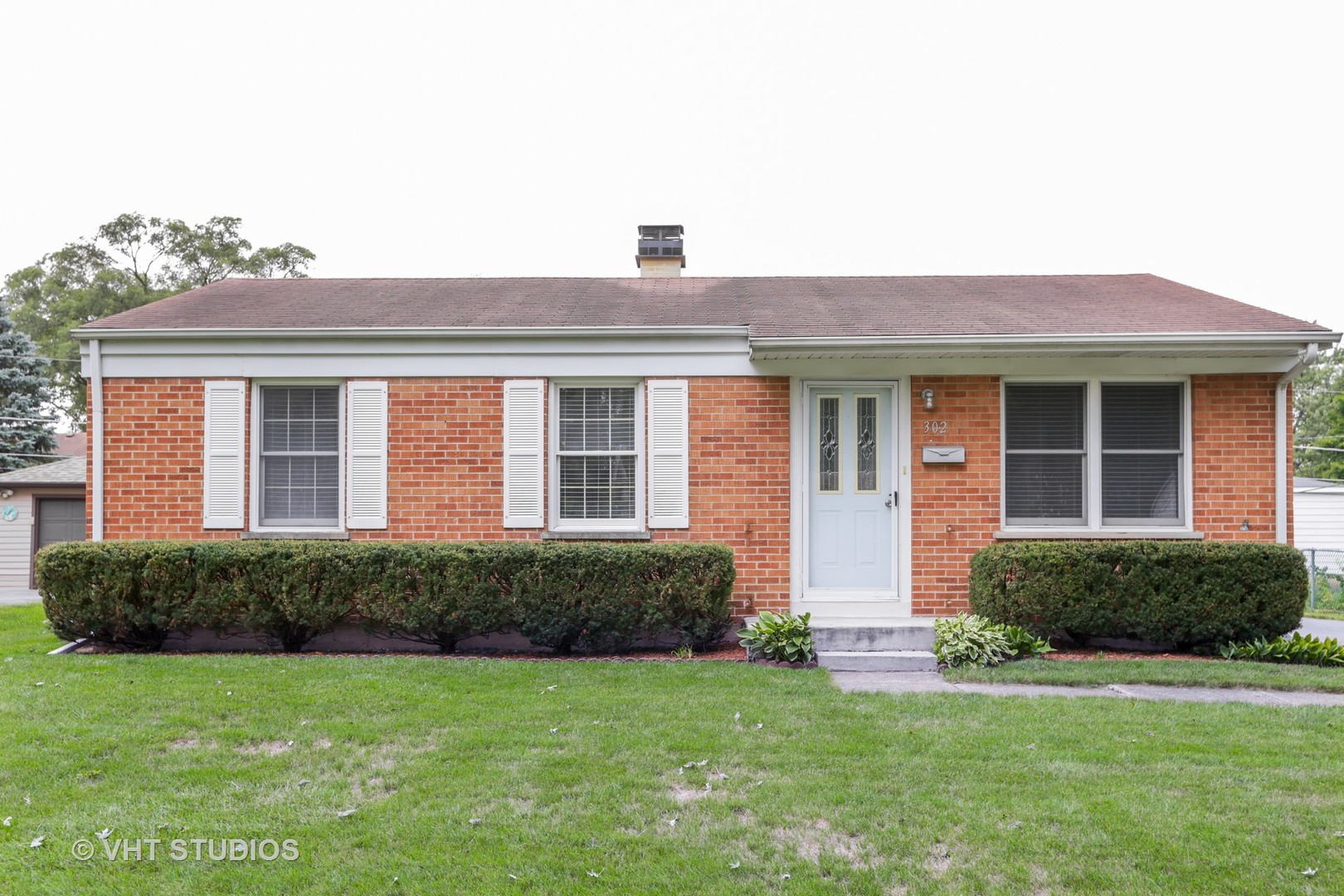 302 Rosewood Avenue, Buffalo Grove, Illinois 60089