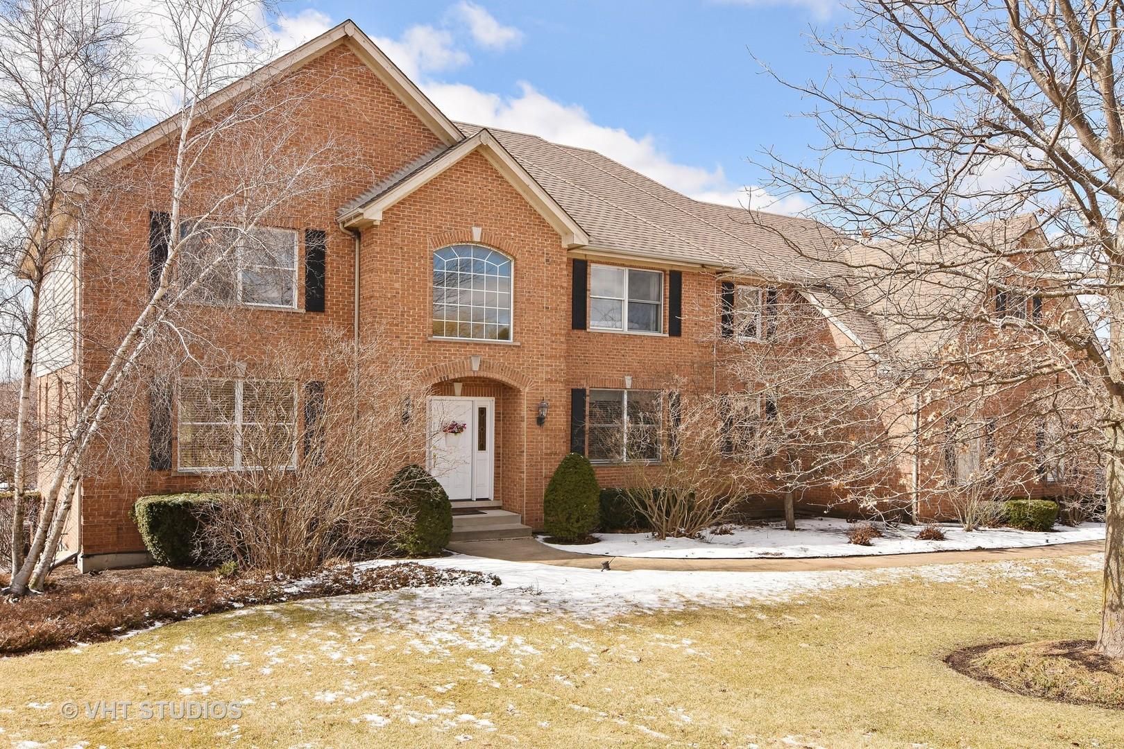 297 Joshua Drive, Hawthorn Woods, Illinois 60047