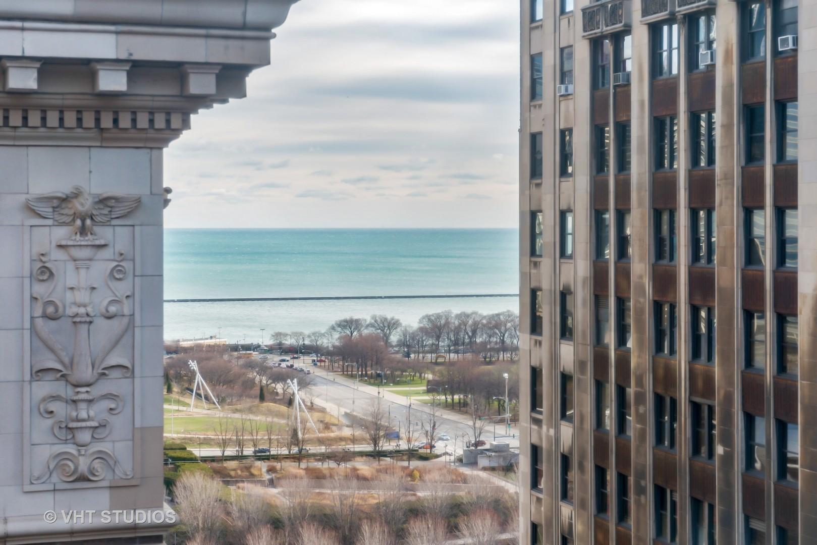 5 North WABASH 1701, Chicago, Illinois, 60602