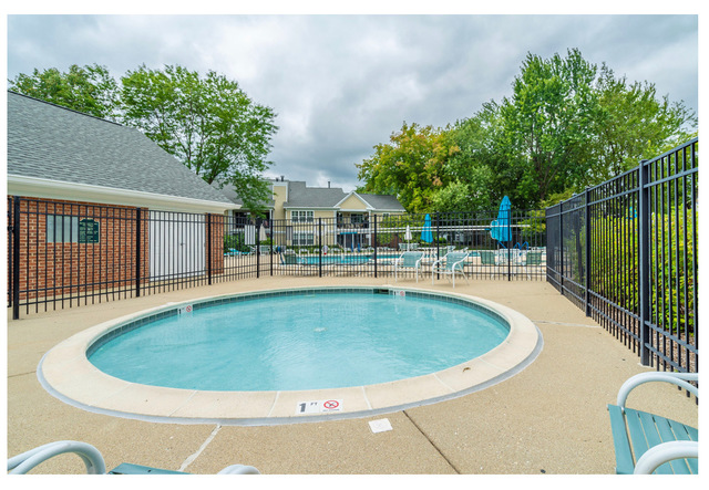 1406 Orange D, Mount Prospect, Illinois, 60056