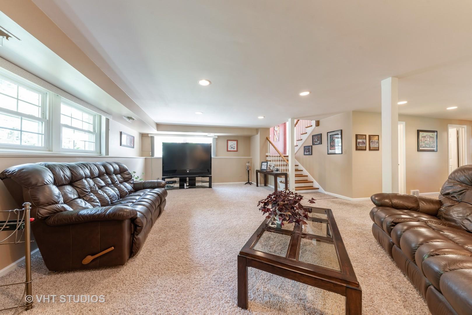 352 Anthony, Buffalo Grove, Illinois, 60089
