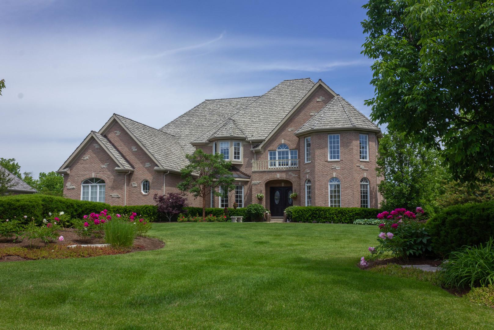 164 Cardinal Drive, Hawthorn Woods, Illinois 60047